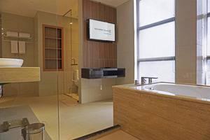 Golden Tulip Passer Baroe Jakarta - Bath Room Suite Room