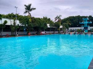 Graha Residen Surabaya - Kolam Renang Olympic