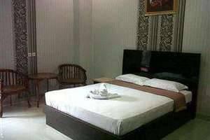 Eljie Hotel Gorontalo - Kamar Deluxe