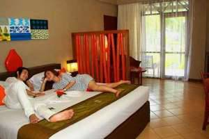 Holiday Resort Lombok - Ocean View Room