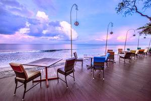 Holiday Resort Lombok - Beach Deck
