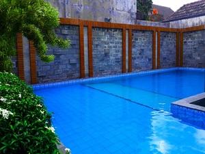 Hotel Kusuma  Yogyakarta - kolam renang