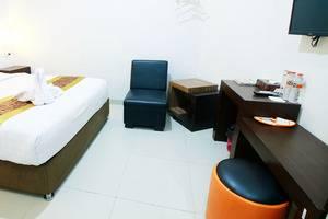 Sunrise Hotel Yogyakarta Yogyakarta - Ruang lebih luas