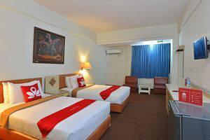 ZEN Rooms Kebayoran Jakarta - Tampak keseluruhan