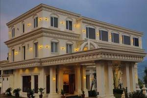 Rizen Premiere Hotel Bogor - Hotel Building