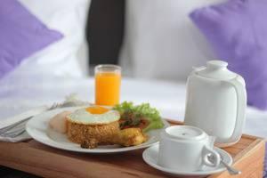 Forriz Hotel Jogja - Room Service Menu