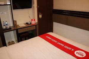NIDA Rooms Railway Median Kantor Post Medan - Kamar tamu