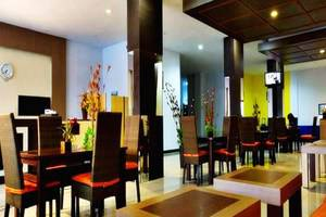 Estate Hotel Kendari - Lobi