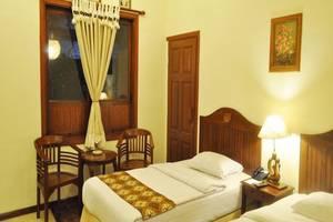 Bukit Daun Hotel and Resort Kediri - Kamar tamu