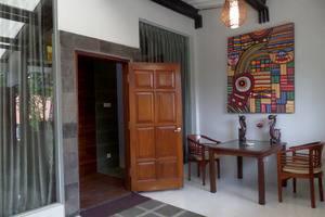 Bukit Daun Hotel and Resort Kediri - Deluxe Studio