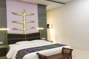 Bukit Daun Hotel and Resort Kediri - Room