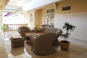 Hotel Grand Rosela Yogyakarta - lobby lantai 2