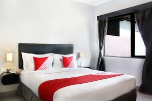 OYO 136 Manggis Inn Near RSU Kecamatan Taman Sari