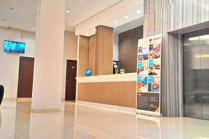 Everyday Smart Hotel Mayestik - Resepsionis