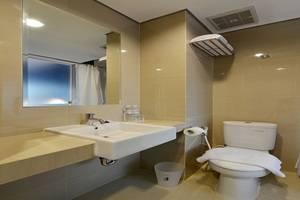 Everyday Smart Hotel Mayestik - Toilet