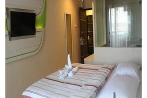 Dewarna Hotel  Bojonegoro - Kamar Deluxe