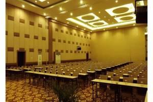 Dewarna Hotel  Bojonegoro - Ruang Rapat