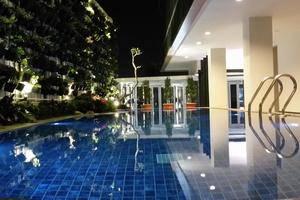 DBest Hotel Pasar Baru Bandung Bandung - Kolam Renang