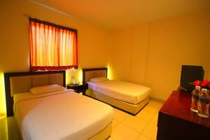 Lovina Inn Nagoya Batam - Twin Room