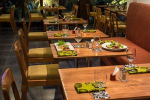 Seminyak Icon Bali - Restoran (Hi-09/Des/2013)