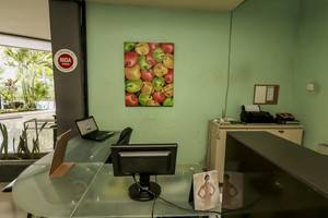 NIDA Rooms Pantai Berawa Discovery Mall Kuta - Resepsionis