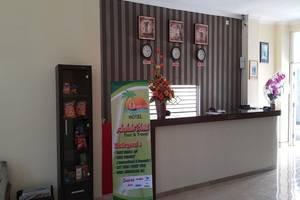 Ambulu Hotel Jember - Resepsionis