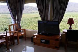 Ambulu Hotel Jember - President SUite