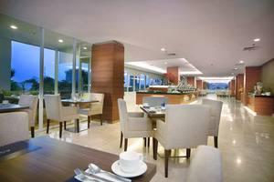 Aston Madiun Hotel Madiun - H & E Restaurant.