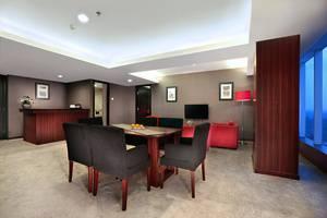 Aston Madiun Hotel Madiun - President Suite
