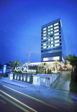Aston Madiun Hotel Madiun - building