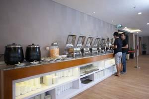 Verse Hotel Cirebon - Ruang makan