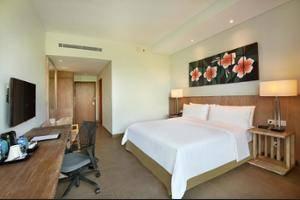 Hilton Garden Inn Bali Ngurah Rai Airport - Pool