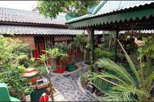 Kampoeng Djawa Guesthouse Yogyakarta - Property Grounds