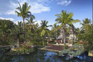 Padma Resort Legian - Property Grounds