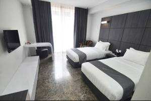 DREAMTEL Hotel Jakarta - Hallway