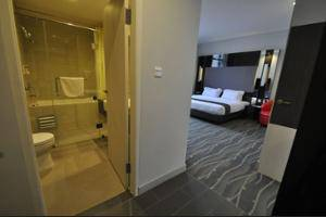 DREAMTEL Hotel Jakarta - Restaurant