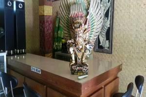 Dewa Bharata Bungalows Legian Bali - Resepsionis