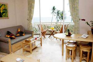 Hawaii Resort Family Suites Anyer - Kamar
