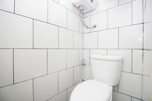 Airy Eco Syariah Tanjung Priok Swasembada Barat Lima 8 Jakarta - Bathroom
