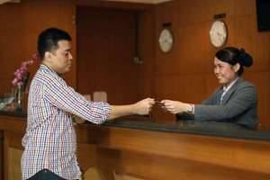 Hotel Kaisar Jakarta - Resepsionis
