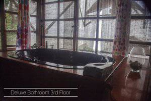 Karang Aji Beach Villa Sukabumi - Kamar mandi deluxe lantai 3