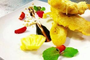 Cakra Kembang Hotel Yogyakarta - Makanan