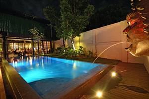 Sama Sama Suites & Restaurant