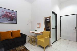 RedDoorz near University of Indonesia Jakarta - Interior