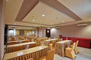 Grand Zuri Dumai Dumai - Ruang Rapat