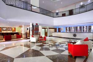 Hotel Arcadia Surabaya - Lobi