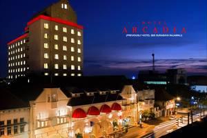 Hotel Arcadia Surabaya - Gedung tampak dari luar