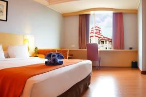 Hotel Arcadia Surabaya - Superior