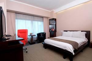 Manhattan Hotel Jakarta - EK