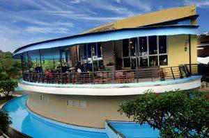 Marbella Hotel Dago Bandung - swimming pool